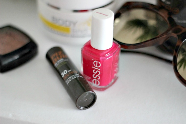 Beauty Favorites Sommer Piz Buin Essie Watermelon Nyx Terracotta_3