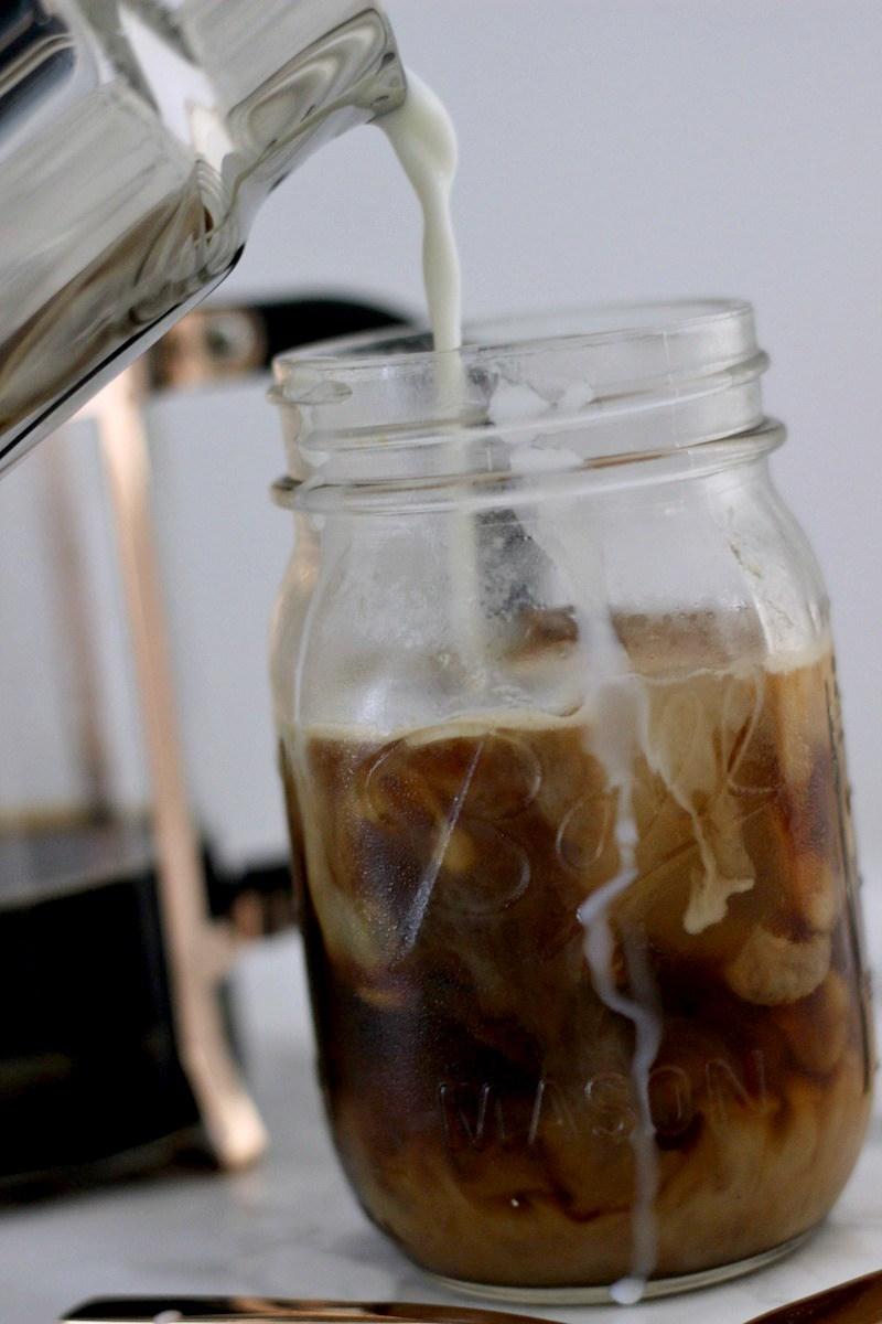 Gesunder-Eiskaffee_Sommer-Getraenk_Bonn-Blog-Lifestyle_2