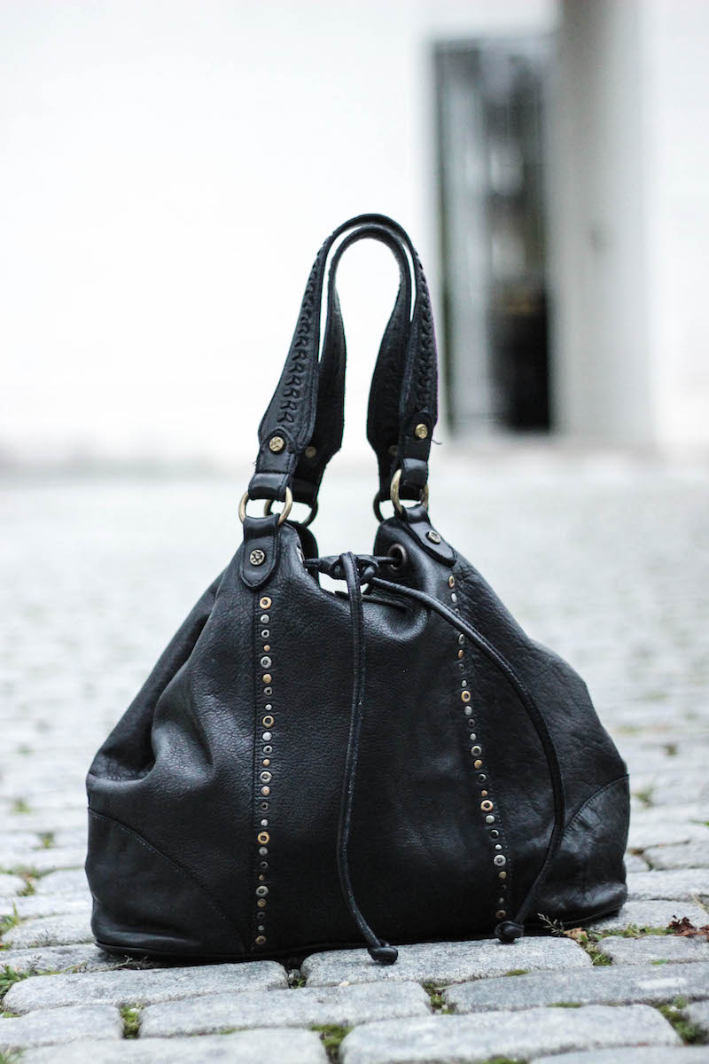 Bull and Hunt Tasche_Lederjacke stylen_Streetstyle_Fashioblog Bonn_Fashionblog Koeln_11