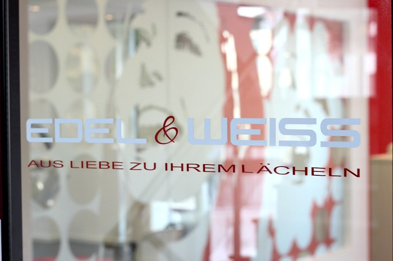 edel-und-weiss-koeln-bleaching_4